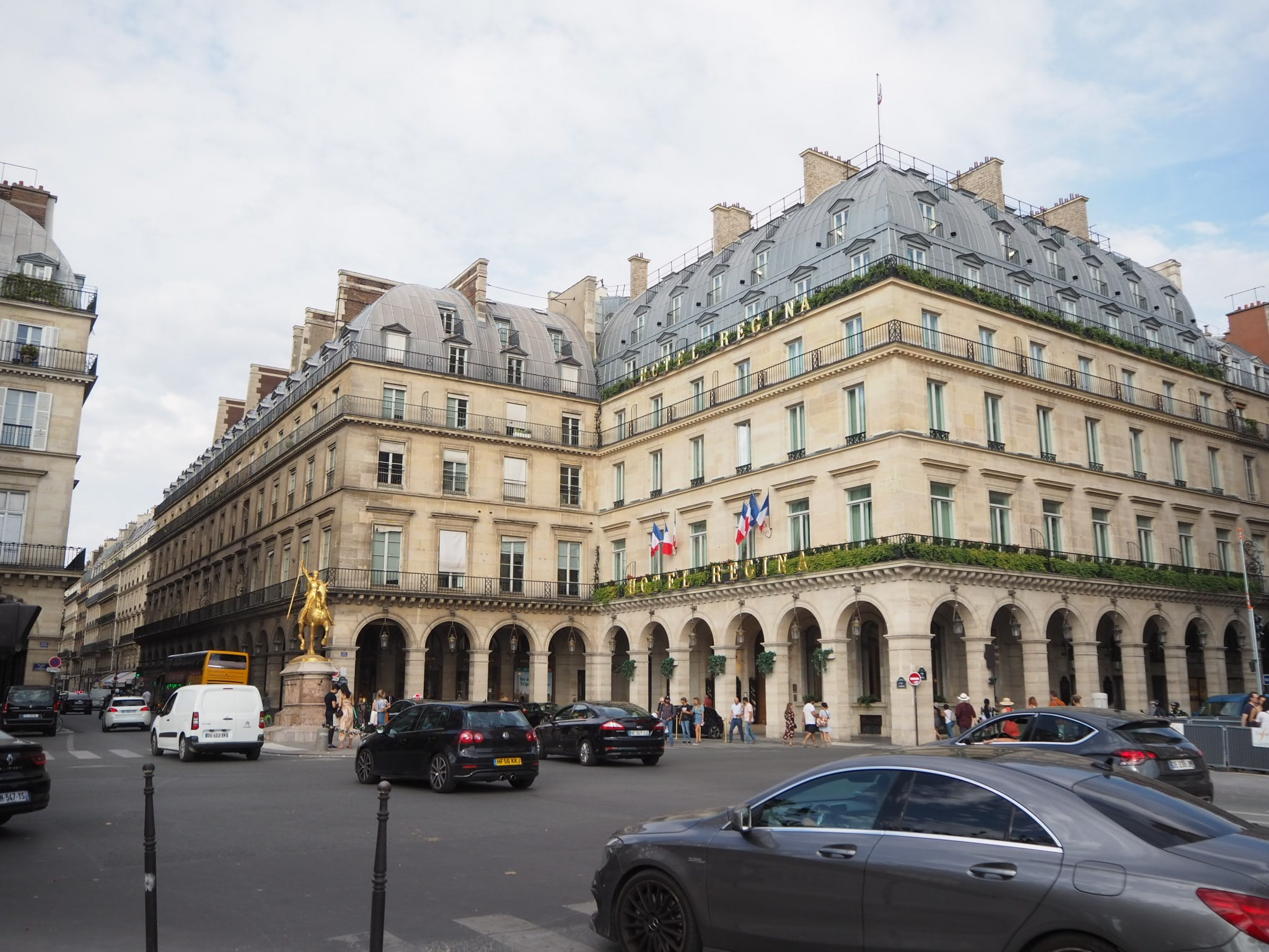 留学中は綺麗なフランスの街並みが毎日見られます